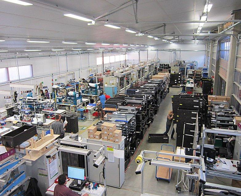 Halle Produktion automotive